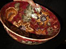 HIGHLY DECORATED GILDED LARGE BOWL NEW COUNTRY GEAR TOYO CHINESE BOLD FLORAL